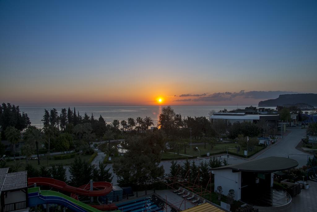 Crystal De Luxe Resort et Spa 5* - tout compris - voyage  - sejour